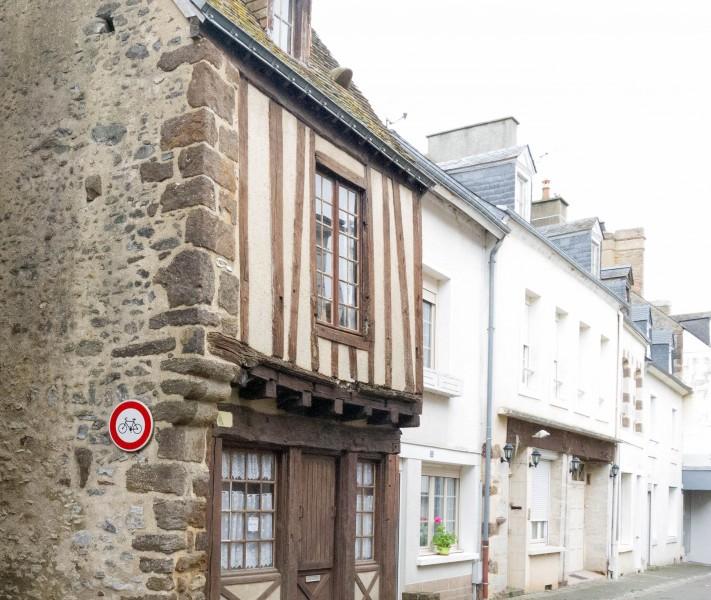 Foyer Logement Front De Sarthe Le Mans : Maison à vendre en pays de la loire sarthe fresnay sur