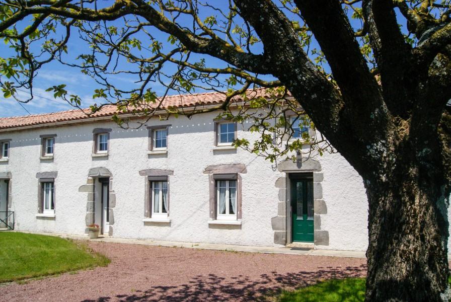 Maison à vendre à ST PIERRE DU CHEMIN(85120) - Vendee