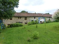 French property for sale in LESTERPS, Charente - €256,800 - photo 2