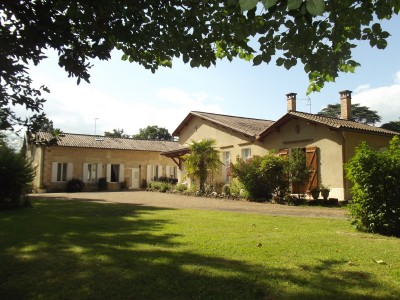 French property, houses and homes for sale in LAMOTHE MONTRAVEL Dordogne Aquitaine