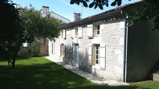 French property, houses and homes for sale in ASNIERES LA GIRAUD Charente_Maritime Poitou_Charentes