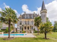 chateau for sale in BLAYEGironde Aquitaine