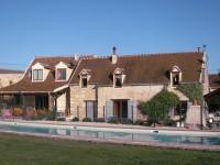 Maison à vendre à INGRANDES, Indre, Centre, avec Leggett Immobilier