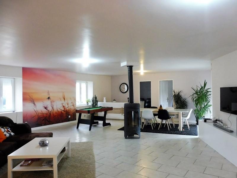 maison vendre en poitou charentes charente merignac jolie maison traditionnelle bien r nov e. Black Bedroom Furniture Sets. Home Design Ideas