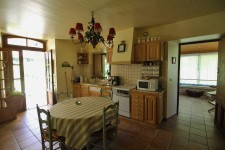 French property for sale in LE BUGUE, Dordogne - €392,200 - photo 4