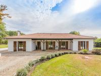 French property for sale in VOUZAN, Charente - €312,000 - photo 3