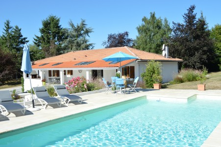 French property, houses and homes for sale in VOUZAN Charente Poitou_Charentes