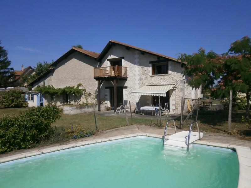 Maison à vendre à ST SEVERIN(16390) - Charente