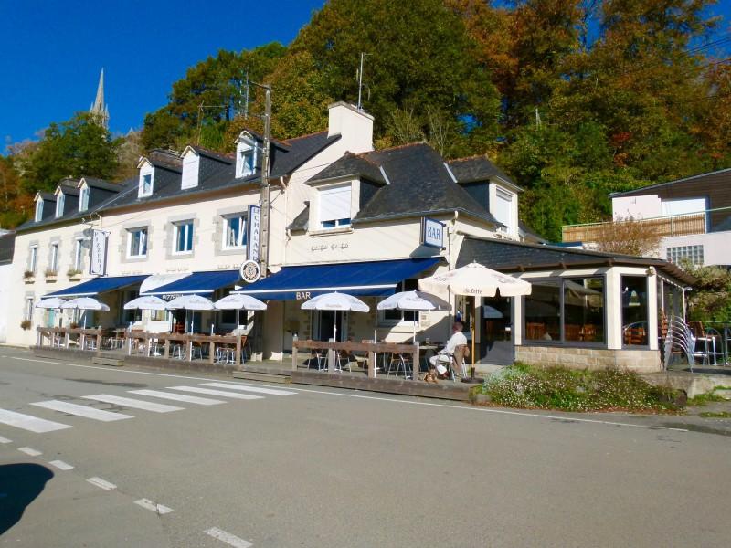 Restaurant Canal De Nantes A Brest