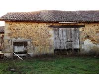 French property for sale in LEZIGNAC DURAND, Charente - €29,500 - photo 7