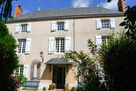 French property, houses and homes for sale in ASSAIS LES JUMEAUX Deux_Sevres Poitou_Charentes