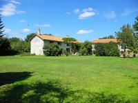 French property for sale in CLUSSAIS LA POMMERAIE, Deux Sevres - €267,500 - photo 3
