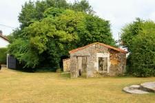 French property for sale in CLUSSAIS LA POMMERAIE, Deux Sevres - €294,250 - photo 4