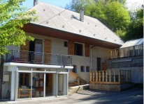 French property for sale in FAVERGES, Haute Savoie - €219,000 - photo 2