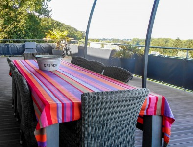 Jullouville - Gorgeous villa near Granville set in to the cliffs with panoramic views of the sea and surrounding countryside