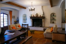 French property for sale in CALLIAN, Var - €925,000 - photo 3