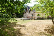 houses and homes for sale inMOULISMESVienne Poitou_Charentes