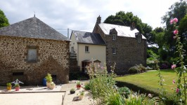 French property for sale in AMBRIERES LES VALLEES, Mayenne - €214,000 - photo 2