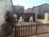 French property for sale in PONS, Charente Maritime - €125,000 - photo 10