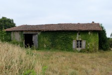 French property for sale in ALLOUE, Charente - €41,400 - photo 1