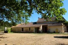 French property for sale in MONTPON MENESTEROL, Dordogne - €399,999 - photo 3