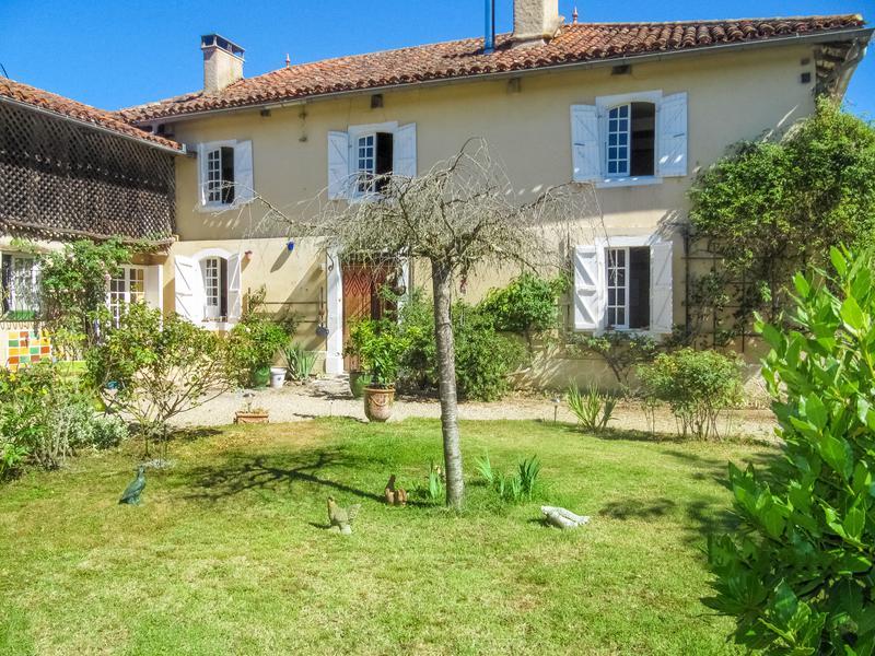 Maison vendre en midi pyrenees gers masseube maison for Achat maison gers