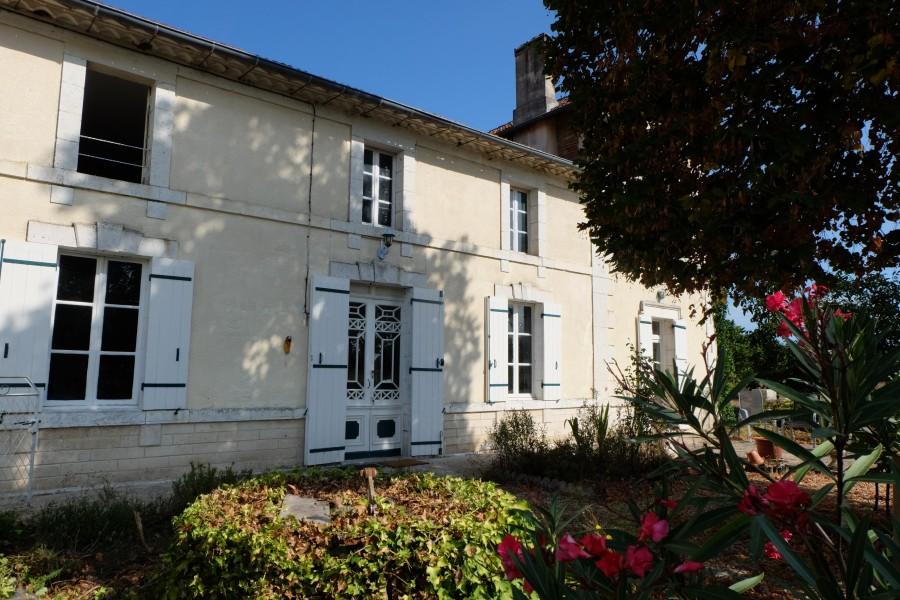 Maison à vendre à ST LAURENT DES HOMMES(24400) - Dordogne