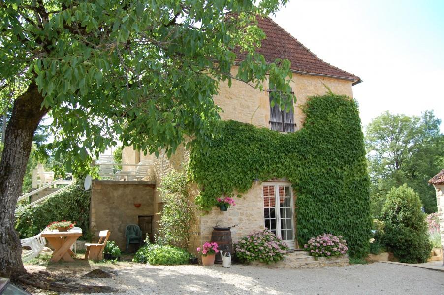 maison vendre en midi pyrenees lot montgesty propri t de charme en pierre 2 gites grange. Black Bedroom Furniture Sets. Home Design Ideas