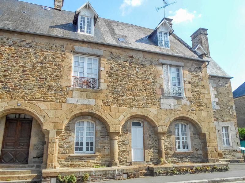 Maison vendre en basse normandie manche pontorson for Au jardin st michel pontorson france