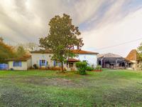 Maison à vendre à St Pastour, Lot_et_Garonne, Aquitaine, avec Leggett Immobilier