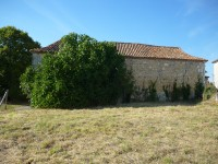 French property for sale in VILLEBOIS LAVALETTE, Charente - €36,000 - photo 4