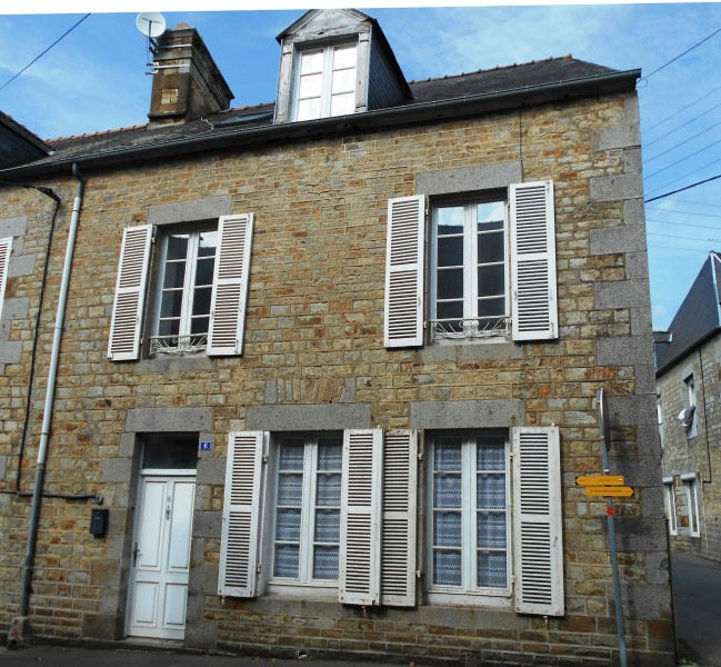A Vendre Maison Romainville 110 M: Maison à Vendre En Bretagne