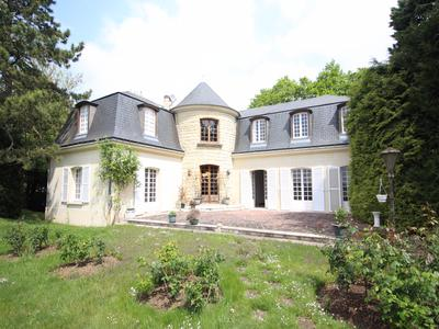 French property, houses and homes for sale in ST NOM LA BRETECHE Yvelines Ile_de_France