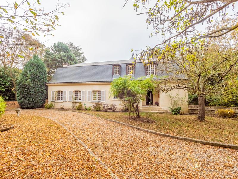 Maison à vendre à ST NOM LA BRETECHE(78450) - Yvelines