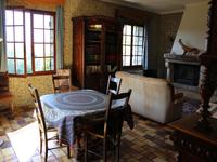 French property for sale in MONTAUROUX, Var - €349,000 - photo 6
