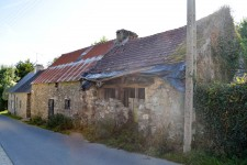 French property for sale in MERLEAC, Cotes d Armor - €23,000 - photo 2