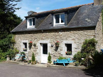 French property, houses and homes for sale in PLONEVEZ DU FAOU Finistere Brittany