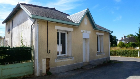 French property, houses and homes for sale in AIGONNAY Deux_Sevres Poitou_Charentes