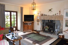French property for sale in GUERLESQUIN, Finistere - €141,700 - photo 5