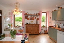 French property for sale in GUERLESQUIN, Finistere - €141,700 - photo 4