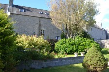 French property for sale in GUERLESQUIN, Finistere - €141,700 - photo 2