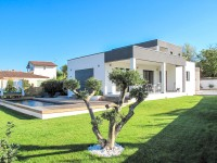 French property for sale in UZES, Gard photo 0