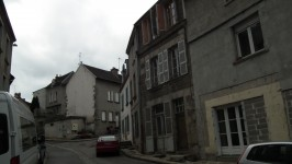 French property for sale in AUBUSSON, Creuse - €36,000 - photo 2