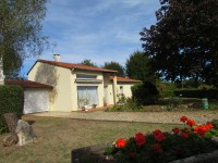 French property, houses and homes for sale inSt Martin L ArsVienne Poitou_Charentes