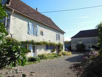 French property for sale in ST PIERRE DE MAILLE, Vienne - €199,800 - photo 9