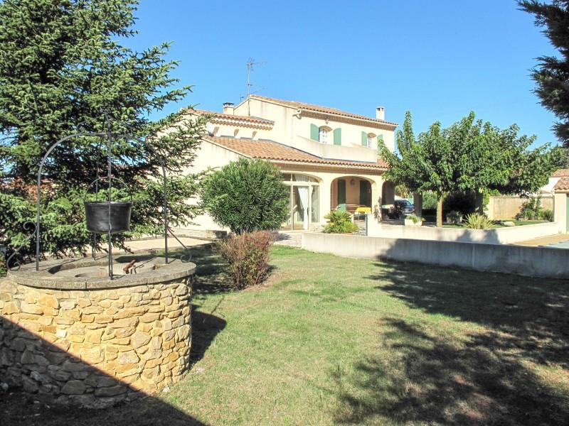 Maison vendre en languedoc roussillon gard rochefort du gard charmante maison 140 m avec - Maison jardin restaurant altamonte springs fort de france ...