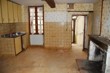 French property for sale in BROSSAC, Charente - €41,000 - photo 2