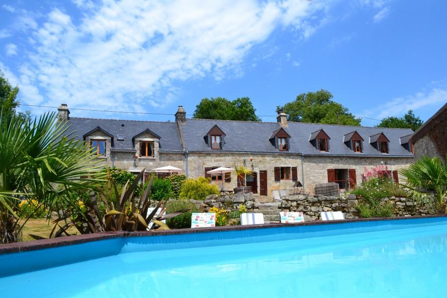 Maison vendre en bretagne morbihan langoelan complexe - Gite avec piscine bretagne ...