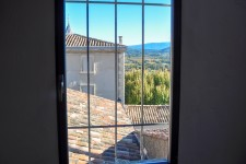 French property for sale in SAINT SATURNIN LES APT, Vaucluse - €212,000 - photo 2