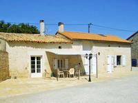 Maison à vendre à Lorigné, Deux_Sevres, Poitou_Charentes, avec Leggett Immobilier